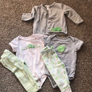 Gymboree Grey/Green Turtle Outfit- 12-18 months